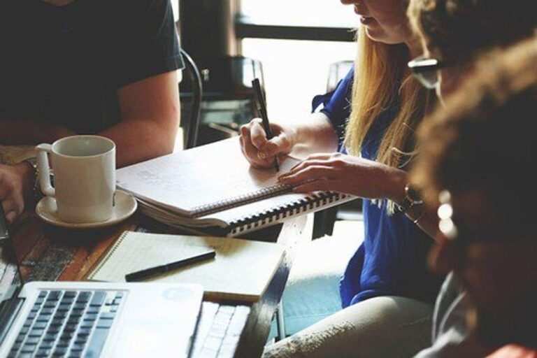 How to write a good blurb